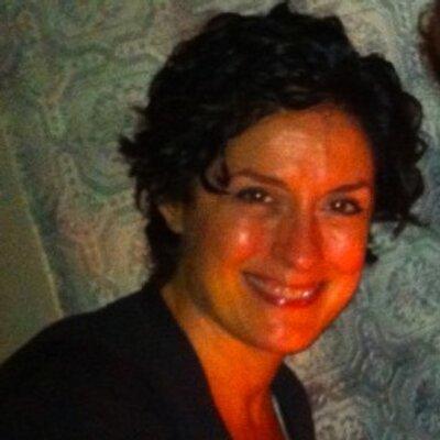 Michelle Andrews Headshot
